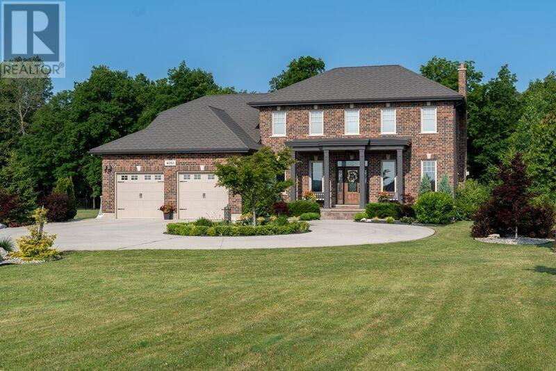 Real Estate -   4061 CULLEN DRIVE, Plympton-Wyoming, Ontario -